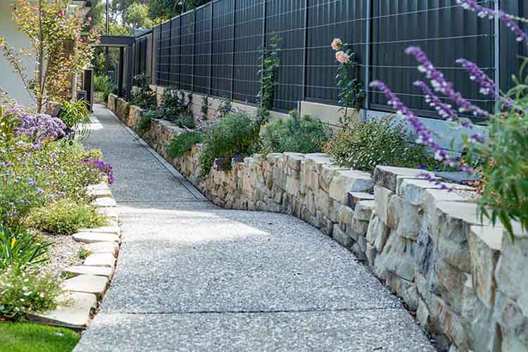 Retaining Wall, Block Wall, Rock Wall, Fencing, Fencing Contractors, Concrete Paths, Landscaping Designs, Garden Designs, Landscaping, Landscapers, Edging, Turf, Irrigation, Port Noarlunga, Victor Harbor, Middlton SA, Hayborough, Goolwa, Hindmarsh Island, Blackwood
