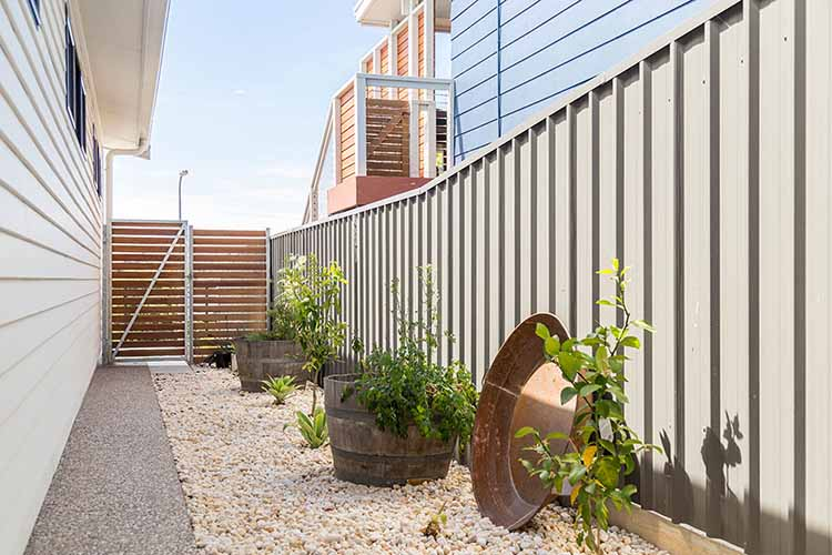 Fencing Contractors, Fencing, Fences, Concrete Paths, Gates, Port Noarlunga, Victor Harbor, Middlton SA, Hayborough, Goolwa, Hindmarsh Island