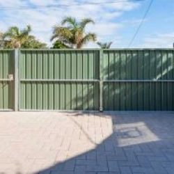 Post and Rail Fence, Friendly Neighbour Fence, Fencing, Fencing Contractors, Gates, Fleurieu
