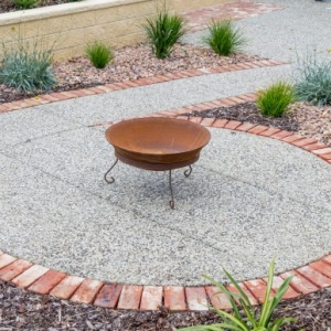 Retaining Wall, Raised Garden Bed, Fire pit, Brick Edging, Concrete, Encounter Bay, Victor Harbor, Fleurieu
