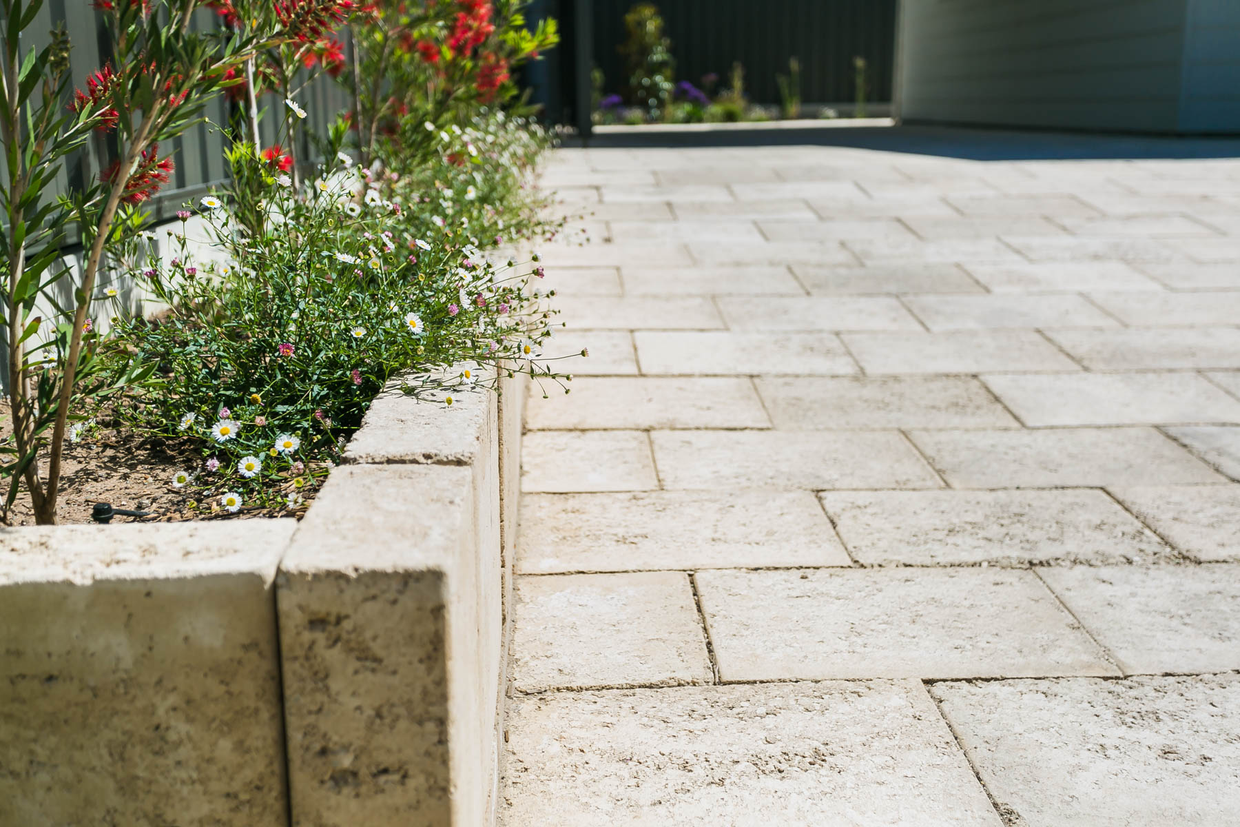Raised Garden Beds, Retaining Walls, Paving, Paving Contractors, Landscaping, Landscapers, Landscaping Designs, Garden Designs, Irrigation, Goolwa, Fleurieu