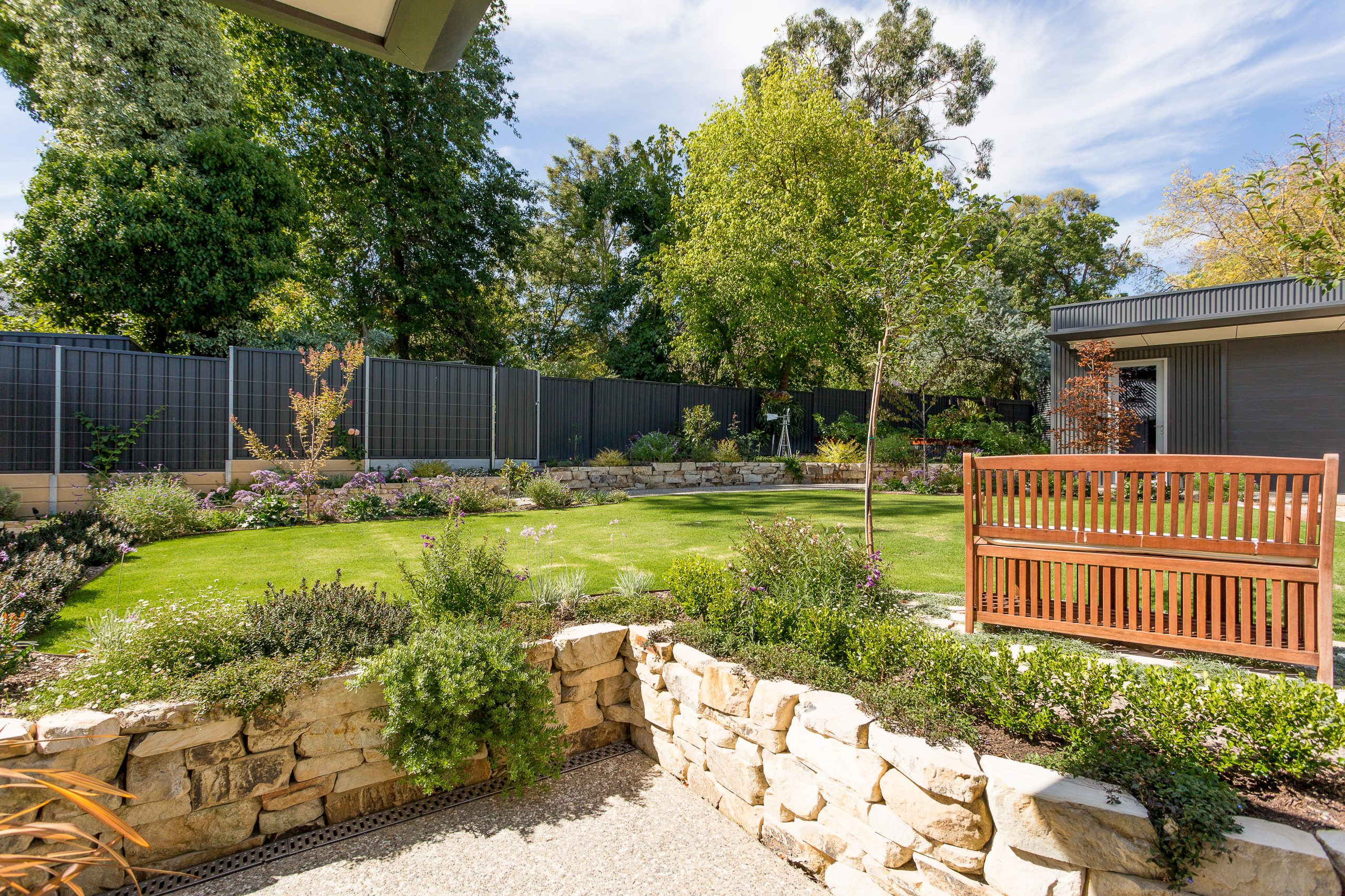 Friendly Neighbour Fence, Fencing Contractors, Retaining Wall, Block Wall, Raised Garden Bed, Concrete Path, Edging, Landscapers, Landscaping Design, Garden Designs, Turf, Irrigation, Blackwood